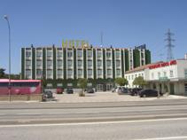 DOMUS BUENOS AIRES - Hotel cerca del Aeropuerto de Burgos Villafria