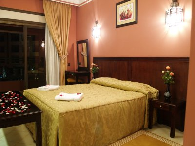 http://www.hotelresb2b.com/images/hoteles/163070_foto_3.JPG