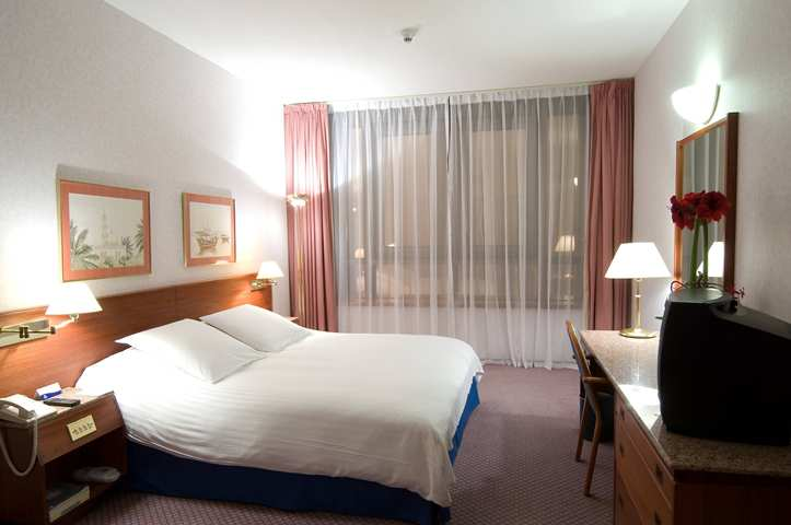 Oferta en Hotel Hilton Corniche  Apartments en Emiratos Arabes Unidos (Asia)
