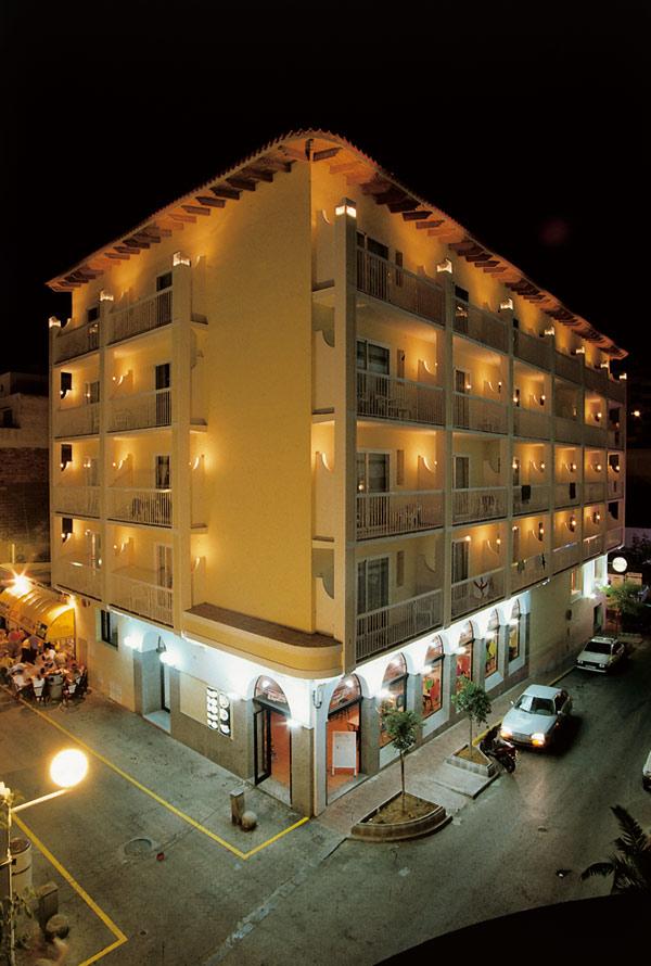 Hotel en ibiza apartamentos excelsior san antonio de ool9o1 - Apartamentos en bilbao baratos ...