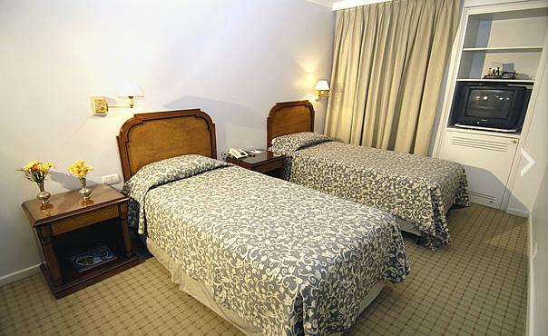 Dormir en Hotel Windsor  And  Tower en Córdoba