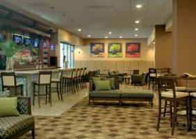 Hotel Doubletree  St. Louis At Westport en San Luis