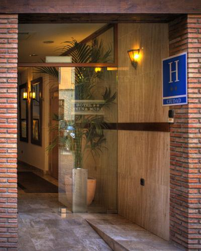 http://www.hotelresb2b.com/images/hoteles/176720_foto1_ENTRAD1OK22.JPG