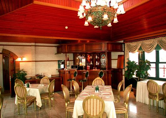 http://www.hotelresb2b.com/images/hoteles/180678_foto1_BAROK2.JPG