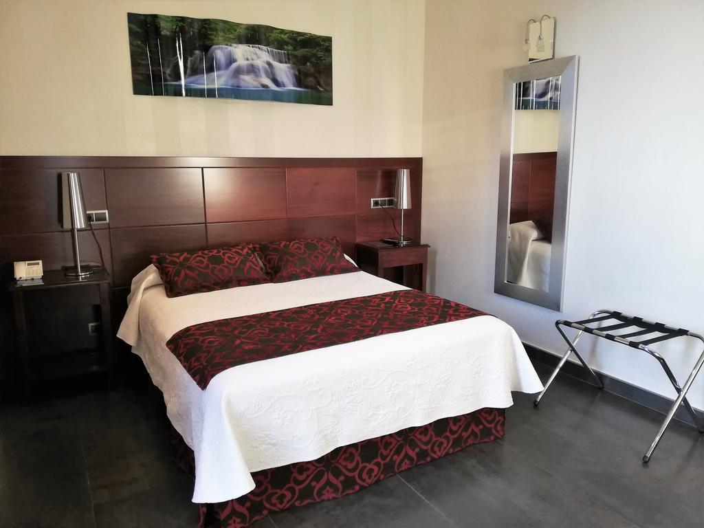Hotel Lb Lebrija