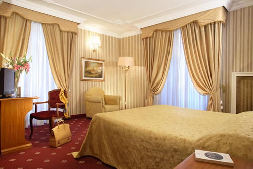 http://www.hotelresb2b.com/images/hoteles/193901_fotpe1_HABITACION.jpg