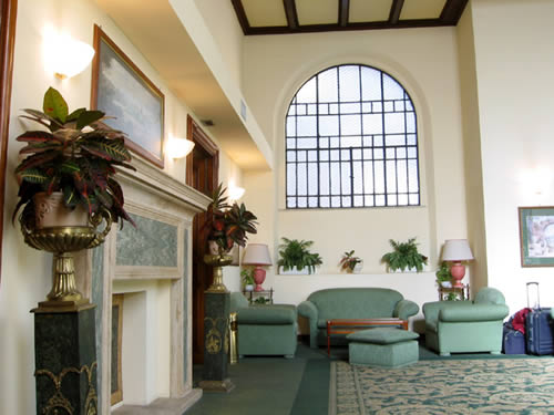 http://www.hotelresb2b.com/images/hoteles/193939_foto1_LOBBY.jpg