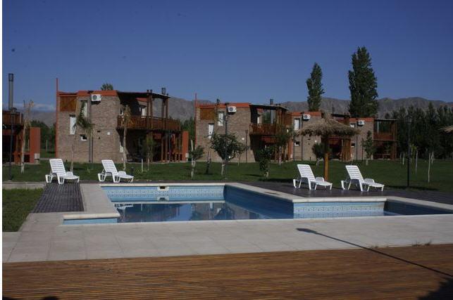 http://www.hotelresb2b.com/images/hoteles/199489_fotpe1_FACHAAAAAAAAAAAA.jpg