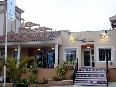 Hotel Águilas De Los Collados