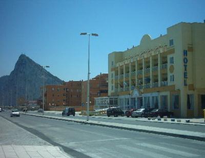 VITA MEDITERRANEO - Hotel cerca del CLUB DE GOLF LA CAÑADA