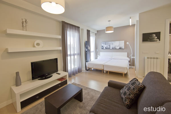 http://www.hotelresb2b.com/images/hoteles/200720_foto1_APARTAMENTO2OK1.jpg