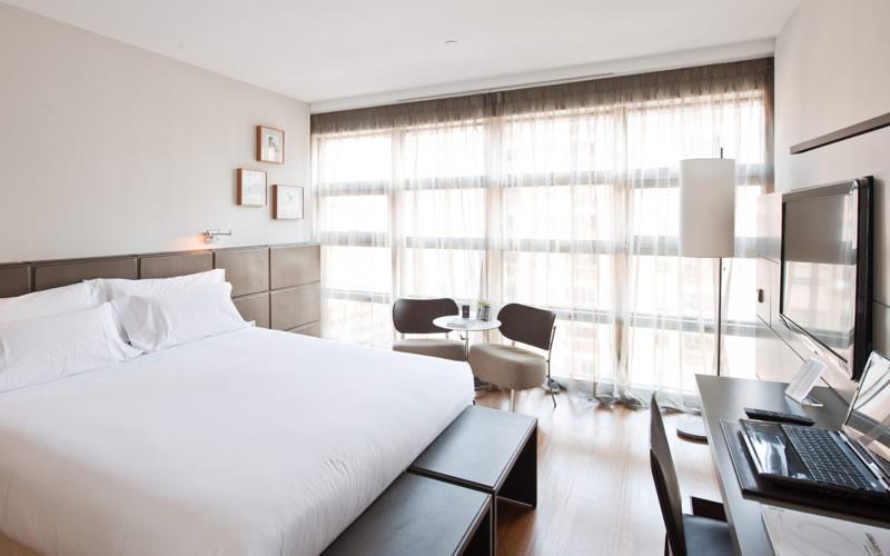 Hotel REINA PETRONILA