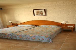 http://www.hotelresb2b.com/images/hoteles/206485_foto_1.jpg