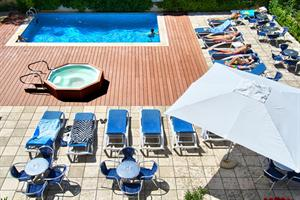 http://www.hotelresb2b.com/images/hoteles/206824_foto_1.jpg