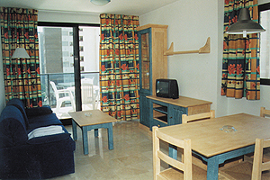 TORRE IPANEMA APARTAMENTOS - Hotel cerca del Playa de Levante de Benidorm