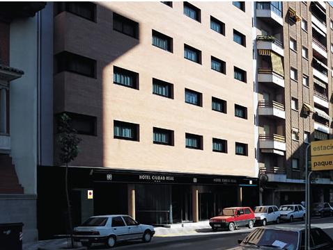NH CIUDAD REAL - Hotel cerca del Plaza de toros de Ciudad Real