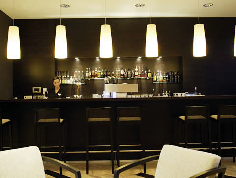 http://www.hotelresb2b.com/images/hoteles/207682_foto1_3_BAR.jpg