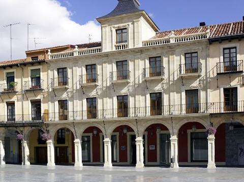 NH COLLECTION LEON PLAZA MAYOR - Hotel cerca del Catedral de León