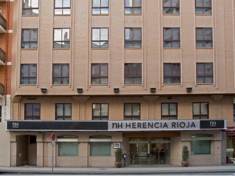 NH HERENCIA RIOJA - Hotel cerca del Aeropuerto de Logroño - Agoncillo
