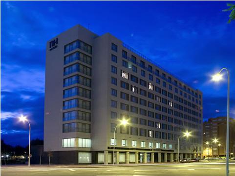 NH VALLADOLID BALAGO - Hotel cerca del Plaza de Toros de Valladolid