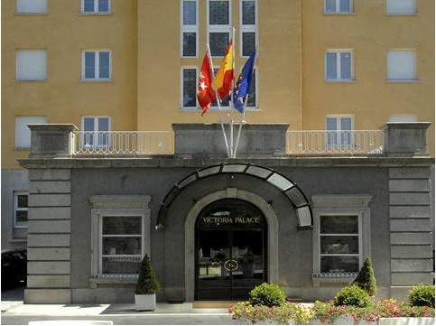 http://www.hotelresb2b.com/images/hoteles/207824_fotpe1_1_FACHADA.jpg