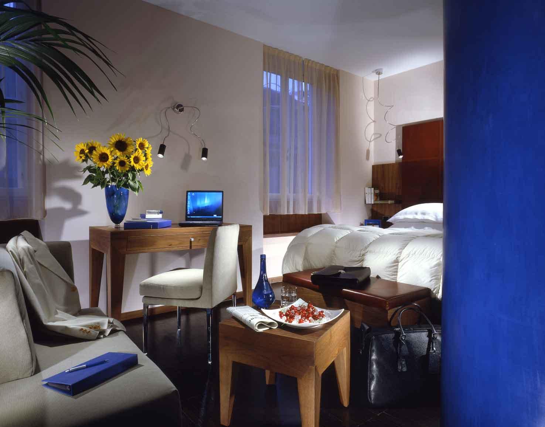 http://www.hotelresb2b.com/images/hoteles/21314_fotpe1_21314_Blue-room.jpg