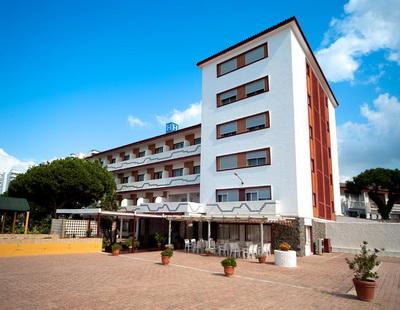 HOTEL PATO ROJO - Hotel cerca del Estadio Nuevo Colombino