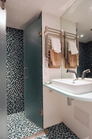 http://www.hotelresb2b.com/images/hoteles/216746_foto1_DUCHAOK22.JPG