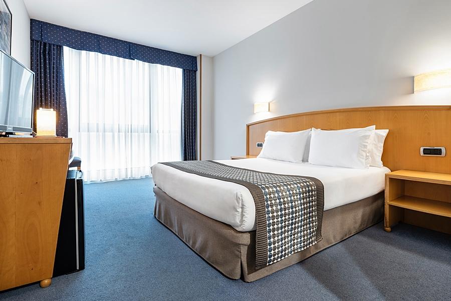 EXE AREA CENTRAL - Hotel cerca del Aeropuerto de Santiago de Compostela Lavacolla