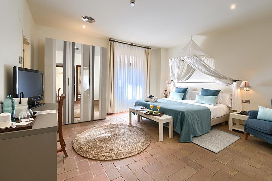 Domus Selecta El Convent De Begur, Hotel & Restaurant