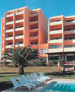 HOTEL DOM PEDRO MEIA PRAIA