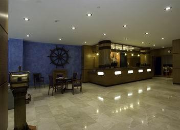 hotel 40 NUDOS (EX-LUZANA) en la población de Aviles