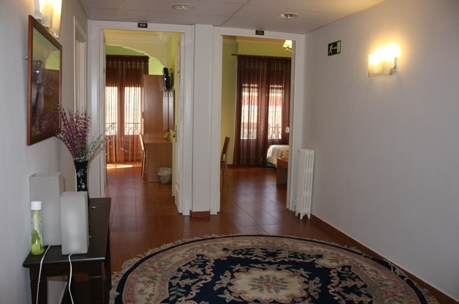 HOSTAL MADRID GRAN VIA 63 - Hotel cerca del Hospital Gómez Ulla (Carabanchel)