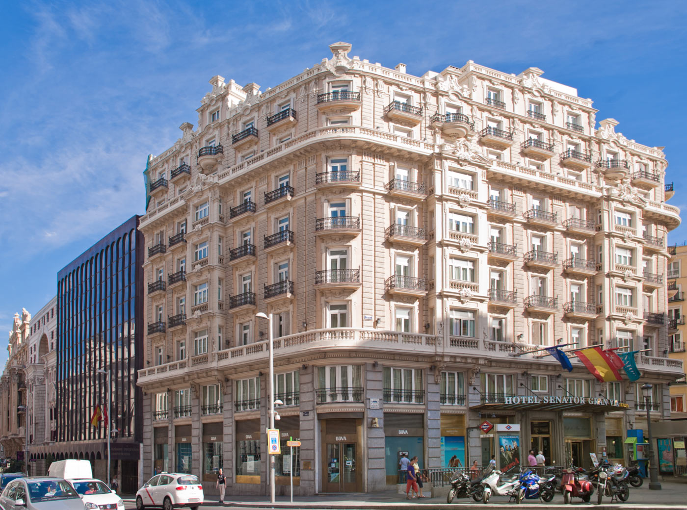 Image gallery hoteles gran via madrid for Hotels madrid