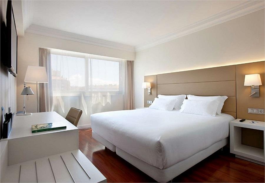 NH PAMPLONA IRUNA PARK - Hotel cerca del Estadio Reyno de Navarra