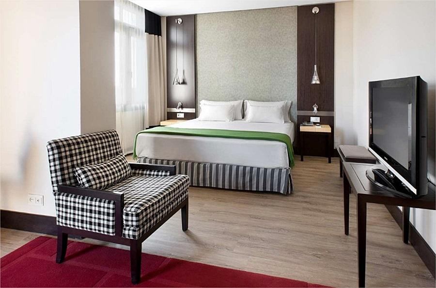 NH AVENIDA JEREZ - Hotel cerca del Clínica Serman