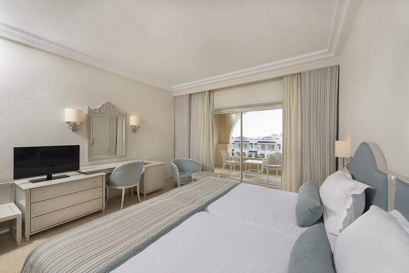 Hotel en hammamet iberostar averroes hammamet de for Chambre communicante hotel