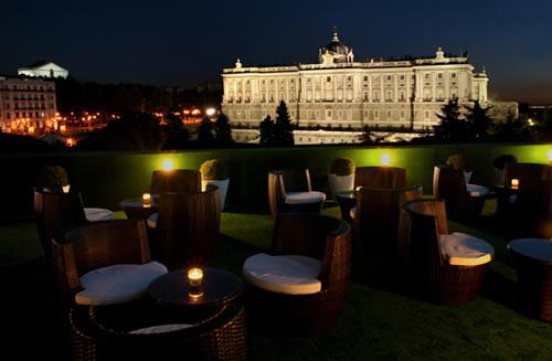 Aparthotel Aptosuite Jardines De Sabatini, Madrid