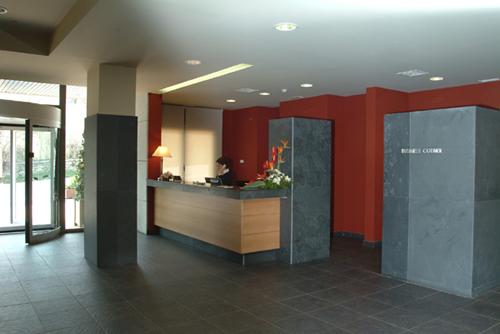 MIRAFLORES METROPOL ROOMS - Hotel cerca del Estación de Esquí de Valdesquí