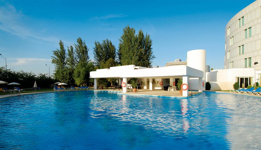 Baño Discapacitados Traduccion:Hotel Barcelo Renacimiento en Sevilla