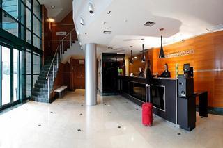 B&B HOTEL MADRID AEROPUERTO T4 - Hotel cerca del Circuito del Jarama