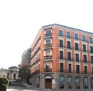 DURVAL PUERTA DE ALCALA - Hotel cerca del Parque del Retiro