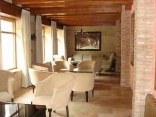 VILLA DE CANFRANC - Hotel cerca del Club de Golf de Jaca