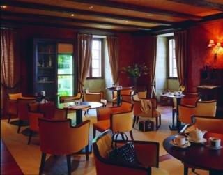 AC HOTEL PALACIO DEL CARMEN AUTOGRAPH COLLECTION
