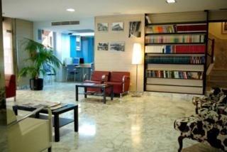 B&B HOTEL TARRAGONA CENTRO URBIS - Hotel cerca del Jardines del Milagro