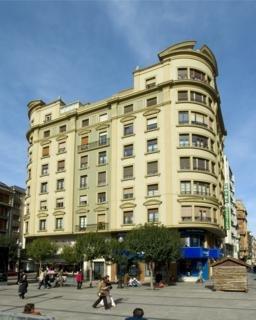 CASTILLA - Hotel cerca del Estadio El Molinón