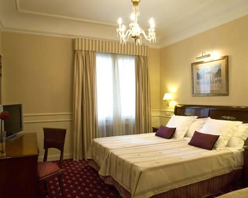 EMPERADOR - Hotel cerca del Museo Reina Sofía