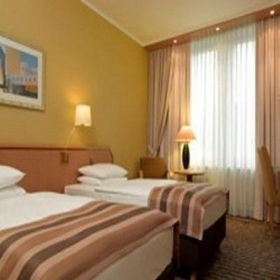 Oferta en Hotel Holiday Inn Dusseldorf Konigsallee en Dusseldorf