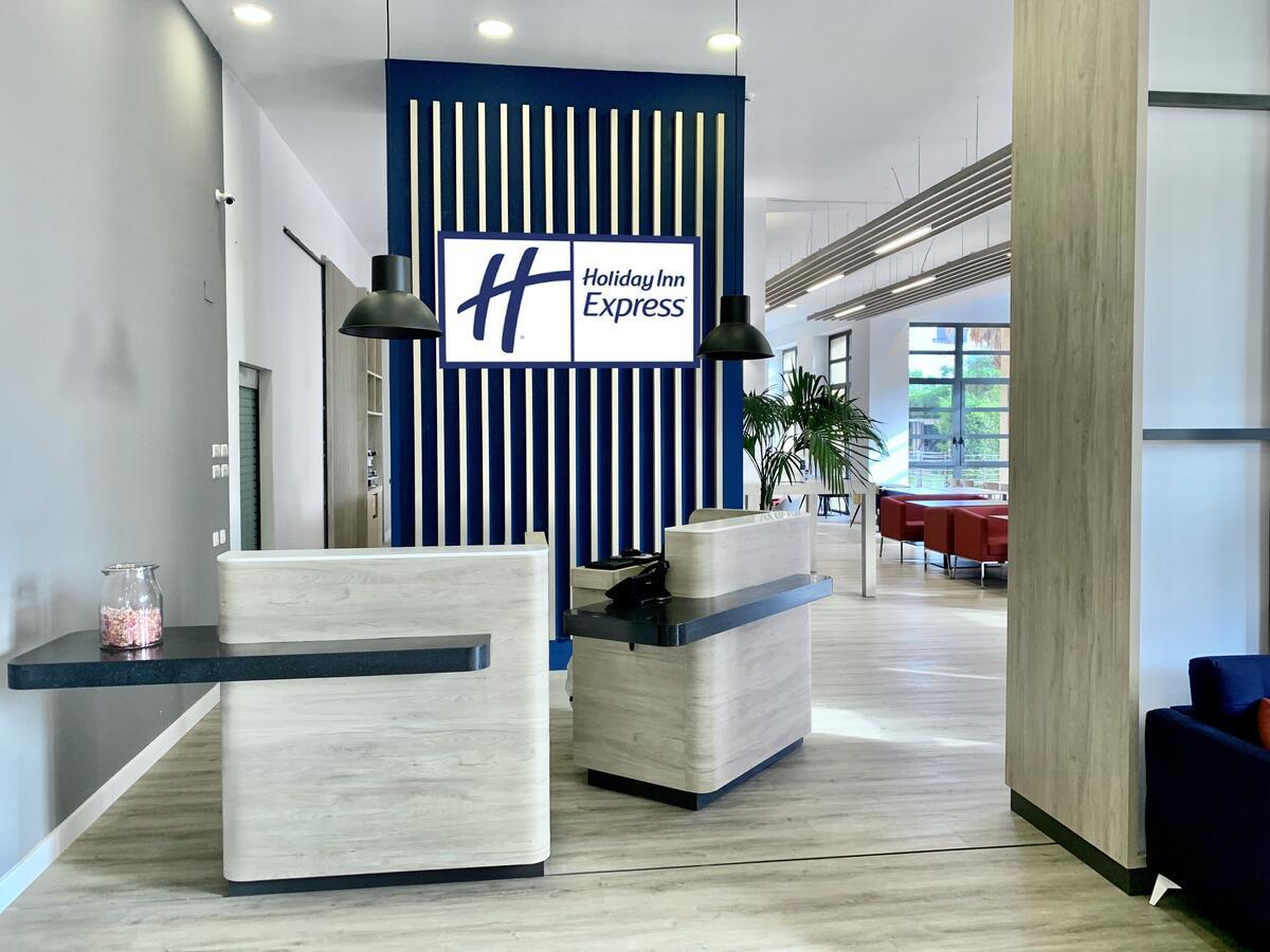 HOLIDAY INN EXPRESS CIUDAD DE LAS CIENCIAS - Hotel cerca del Sala de cine Hemisfèric