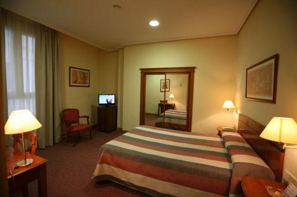 http://www.hotelresb2b.com/images/hoteles/2743_foto1_3.JPG